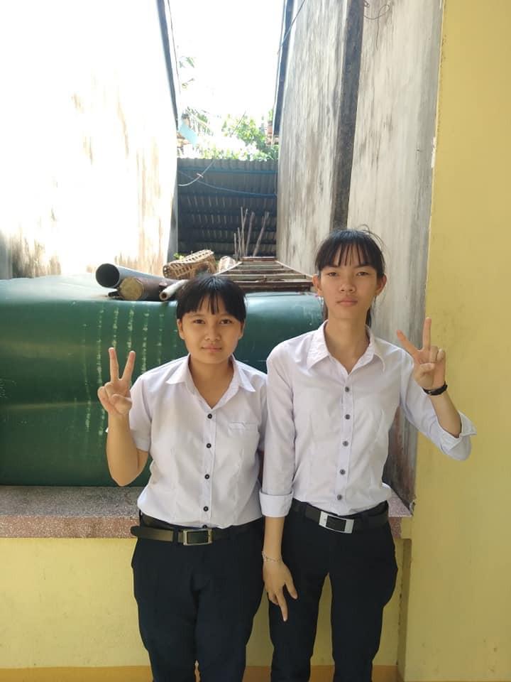 Thu về 70 nghìn lượt like chỉ sau một đêm, bộ ảnh của hai nữ sinh Phú Yên có gì đặc biệt mà hot đến thế? - Ảnh 1.