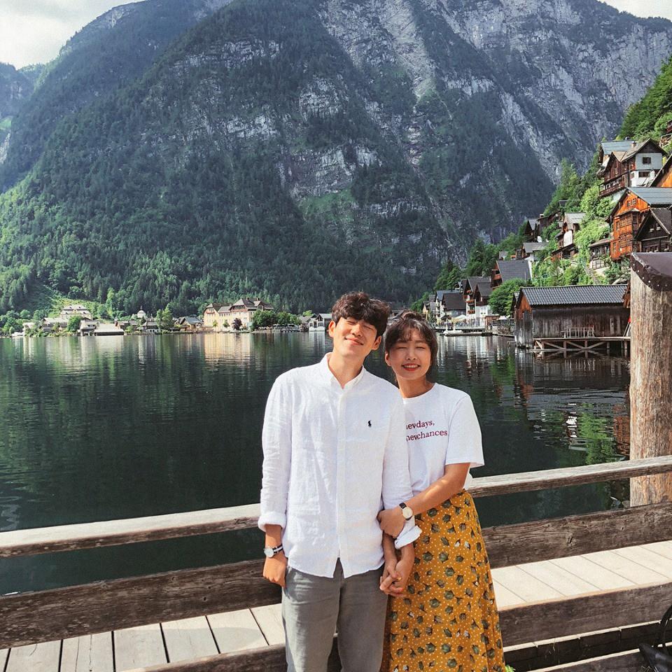 Học cách pose dáng như cặp đôi người Hàn này, đảm bảo có ngay loạt ảnh du lịch đáng yêu không trượt phát nào - Ảnh 12.
