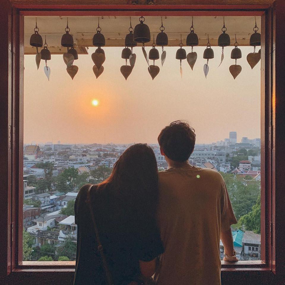 Học cách pose dáng như cặp đôi người Hàn này, đảm bảo có ngay loạt ảnh du lịch đáng yêu không trượt phát nào - Ảnh 15.