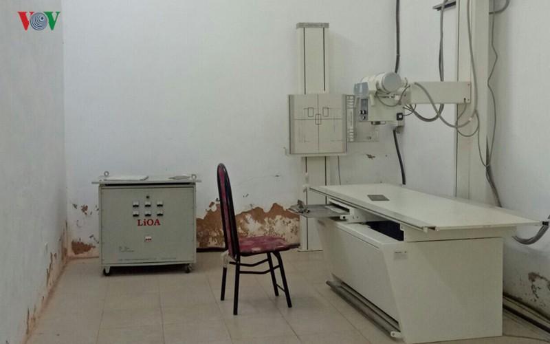 Vụ KTV chụp X-quang bị tố hiếp dâm: Tìm thấy mẫu nghi tinh trùng - Ảnh 2.