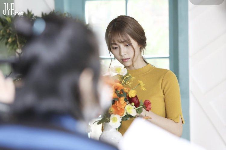 Ngạc nhiên chưa? Gà cưng JYP từng diễn MV của trai đẹp EXO Baekhyun giờ lên hàng vai chính Hollywood! - Ảnh 3.