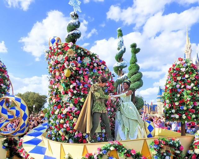 9 bí mật đằng sau vẻ hào nhoáng của những cô công chúa làm việc tại Disney World - Ảnh 9.
