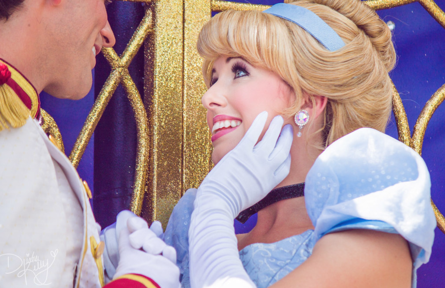 9 bí mật đằng sau vẻ hào nhoáng của những cô công chúa làm việc tại Disney World - Ảnh 11.