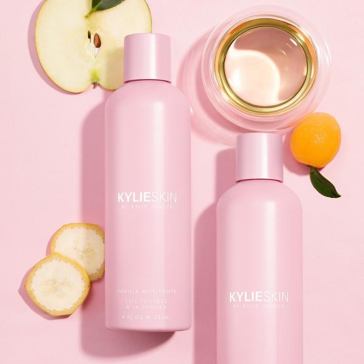 Review đầu tiên về đồ skincare của Kylie Jenner: được khen nhiều bất ngờ nhưng đáng chú ý nhất là sản phẩm scrub bị tố có thể gây hỏng da - Ảnh 4.