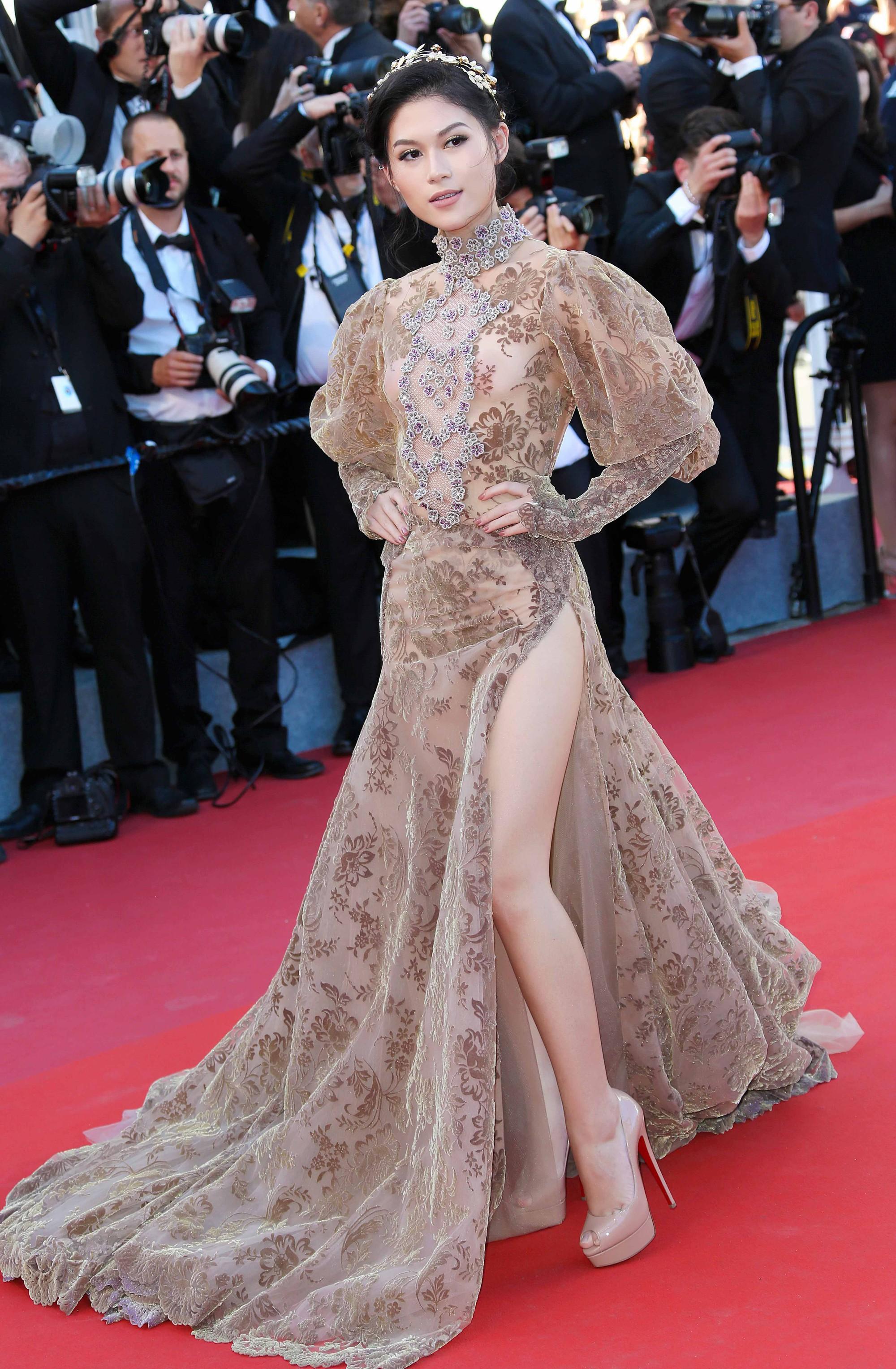 Sao Việt đến Cannes qua các mùa: Người vinh dự có tác phẩm, kẻ tơ hơ không ai biết xuất hiện để làm gì - Ảnh 25.
