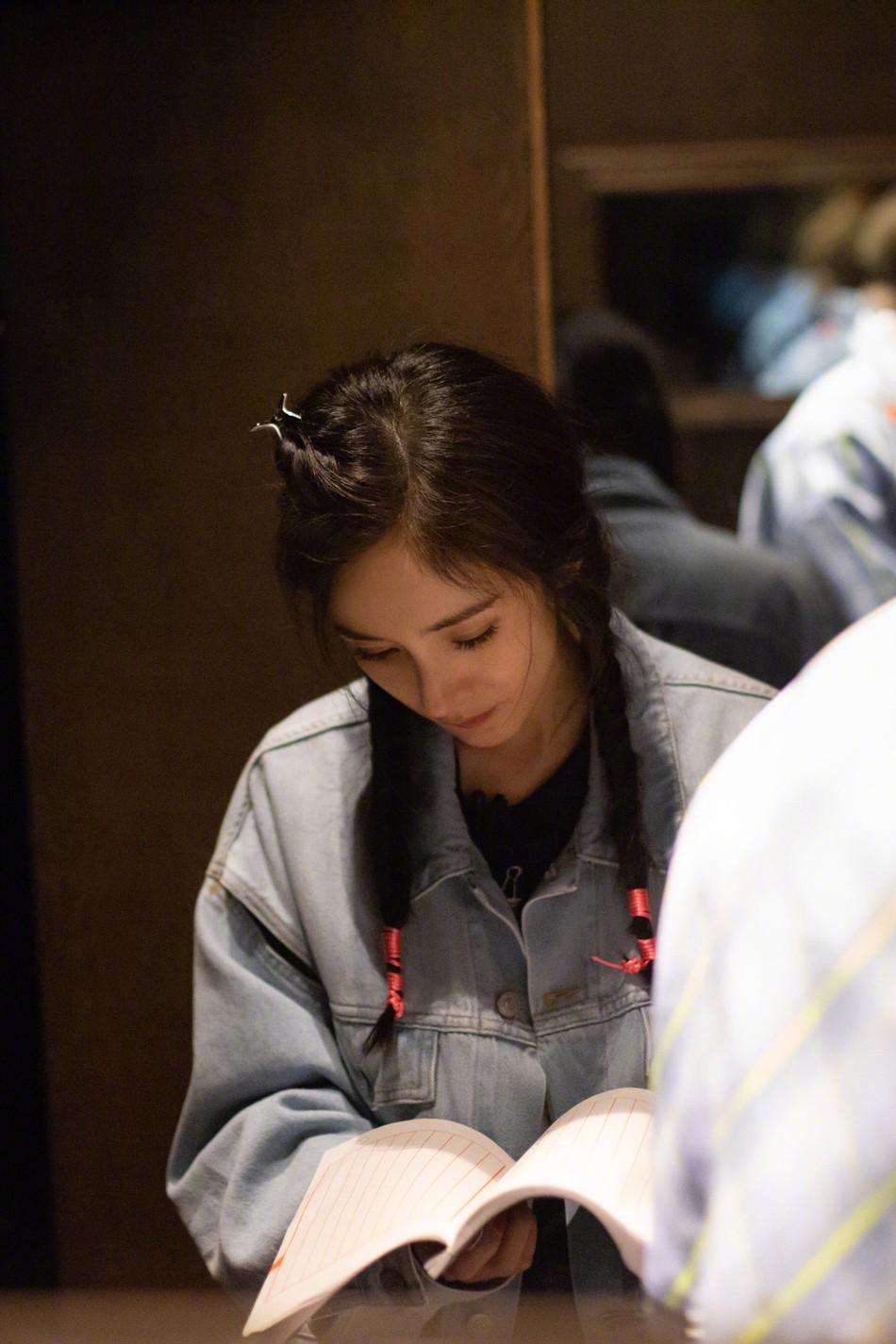 Hình ảnh của Dương Mịch hậu ly hôn Lưu Khải Uy: Trẻ lại chục tuổi, không khác nào thiếu nữ đôi mươi - Ảnh 7.