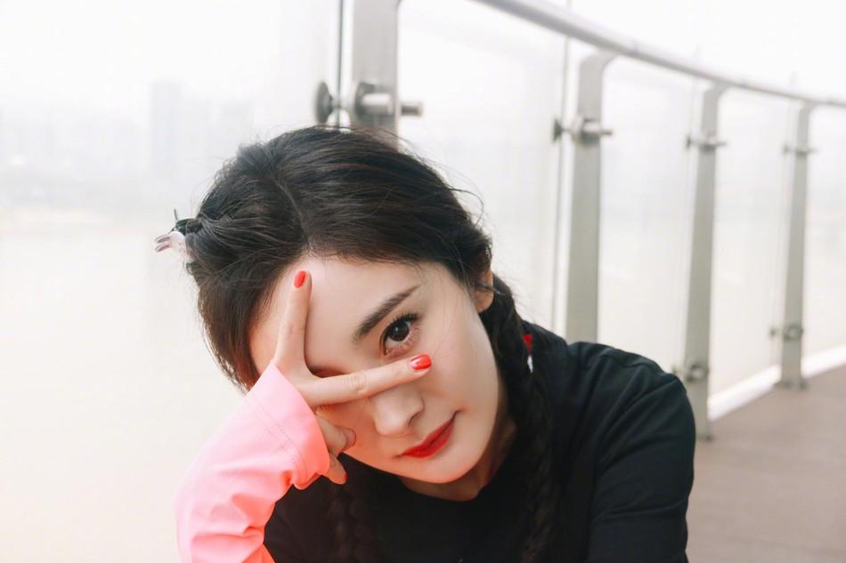 Hình ảnh của Dương Mịch hậu ly hôn Lưu Khải Uy: Trẻ lại chục tuổi, không khác nào thiếu nữ đôi mươi - Ảnh 4.