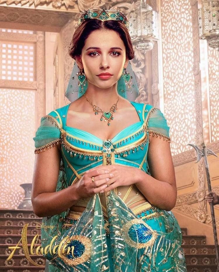 Jasmine đầu tiên của Aladdin Naomi Scott: Vẻ đẹp lai Á - Âu gây bão, từ ca sĩ vô danh thành công chúa mới của Disney - Ảnh 8.