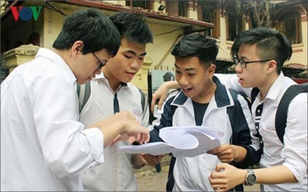 Học sinh Hà Nội sẽ cạnh tranh khốc liệt vào lớp 10 trường chuyên - Ảnh 1.
