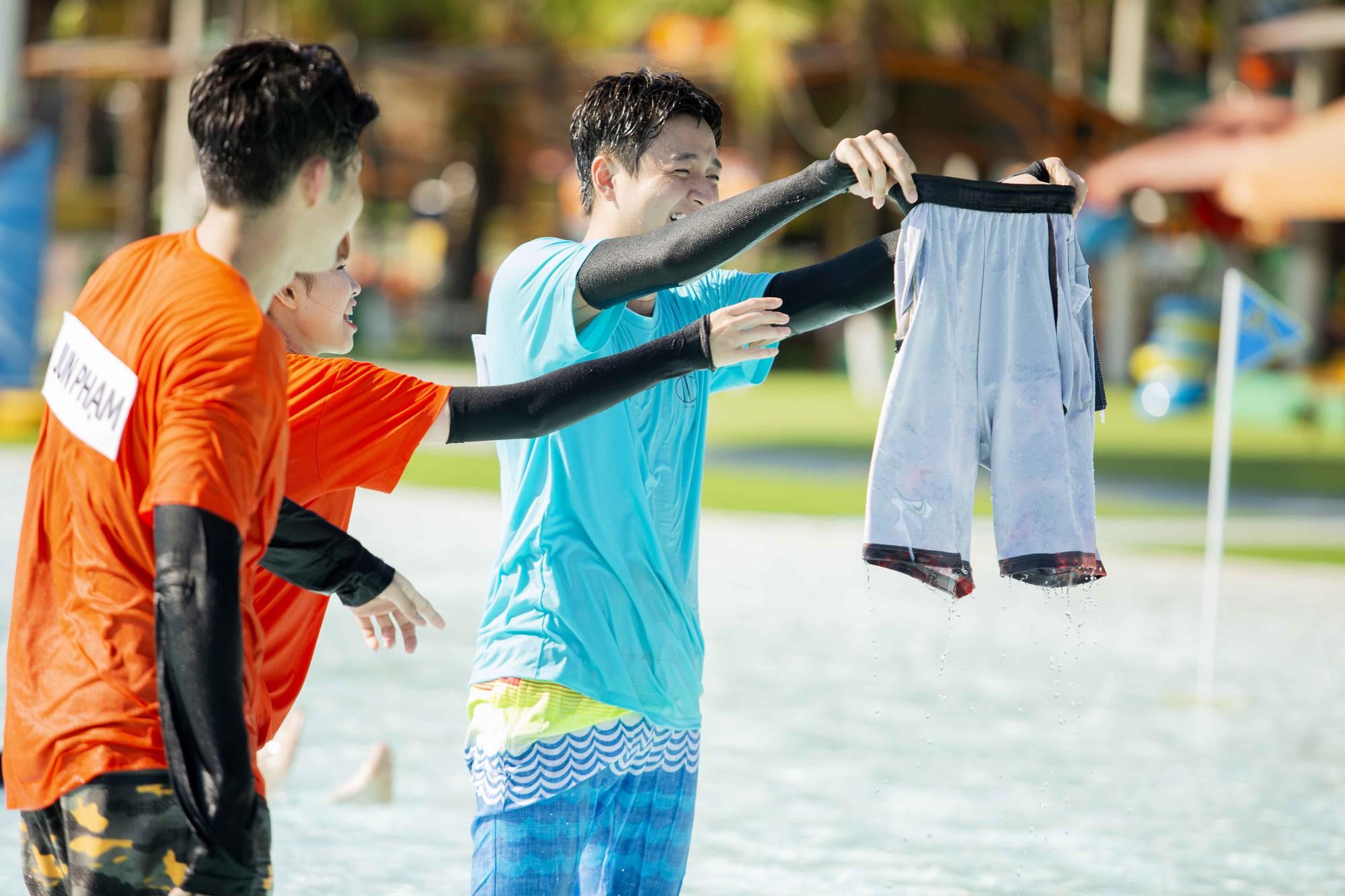 Running Man: Bị Kelvin Khánh chơi xấu, Trấn Thành quyết định... cởi luôn quần - Ảnh 5.