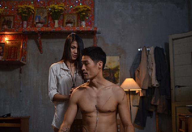 Nhìn hội soái ca siêng cởi, fan chỉ ước những nam thần này cũng chịu khó hở hơn trên màn ảnh Việt - Ảnh 19.