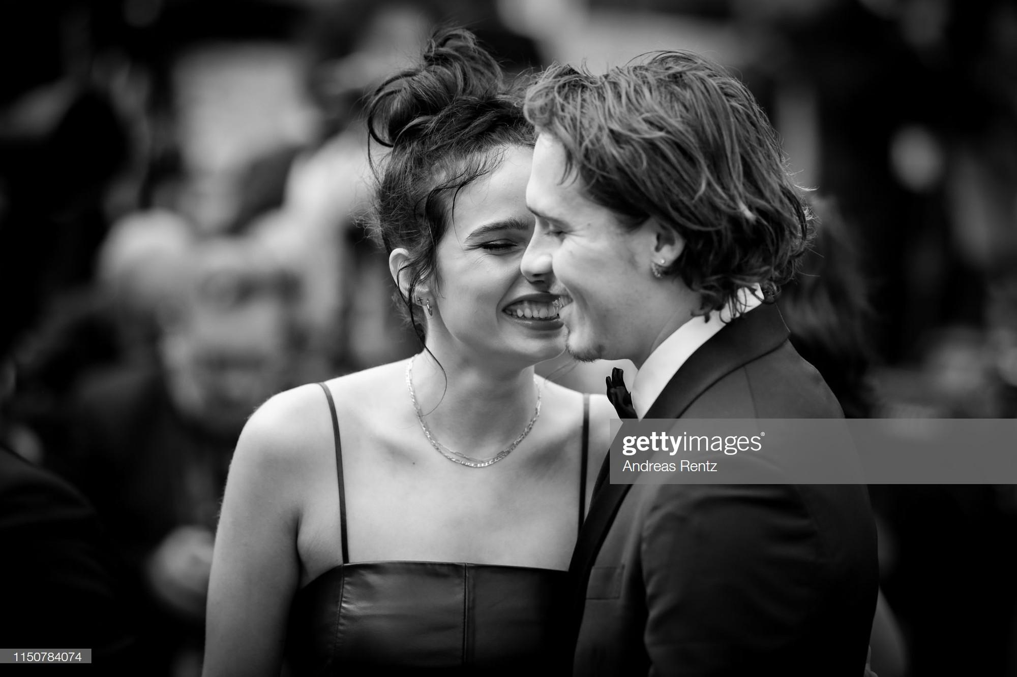 Top khoảnh khắc đắt giá nhất Cannes 2019: Dàn mỹ nhân 9X bất ngờ chiếm đa số, Selena và cặp đôi Brooklyn ấn tượng mạnh - Ảnh 5.