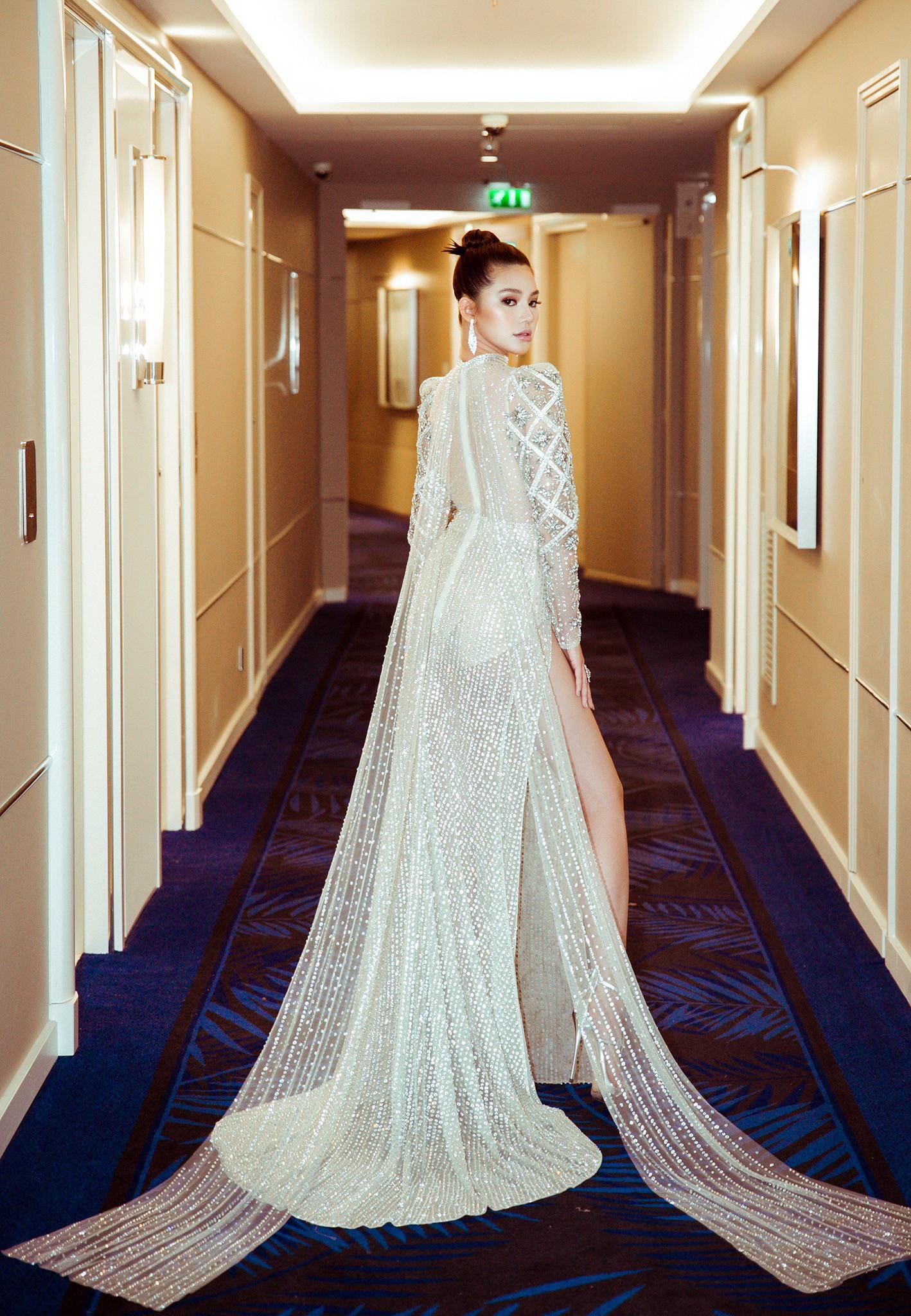Cũng góp mặt tại Cannes, nhưng Hoa hậu Jolie Nguyễn lại đến với tư cách một... blogger? - Ảnh 4.