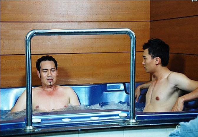 Nhìn hội soái ca siêng cởi, fan chỉ ước những nam thần này cũng chịu khó hở hơn trên màn ảnh Việt - Ảnh 7.