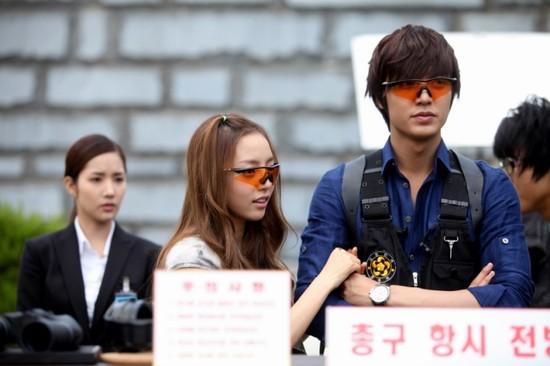 Goo Hara: Từ kẻ bám đuôi Lee Min Ho trong City Hunter tới scandal chấn động showbiz Hàn! - Ảnh 3.
