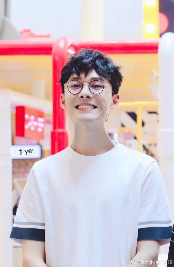 5 diễn viên Hoa ngữ khiến chị em đua nhau nhập viện vì quá đẹp trai nửa đầu năm 2019! - Ảnh 24.
