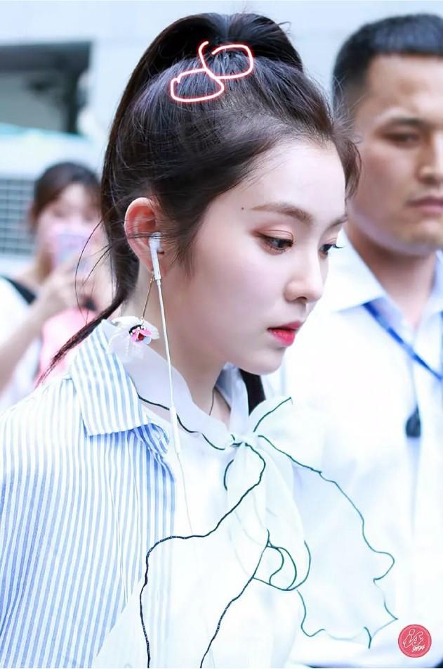 """Netizen Trung hoang mang: """"Hóa idol toàn hói?"""" khi biết sự thật phía sau mái tóc bồng bềnh, dày mượt như mây của họ - Ảnh 3."""