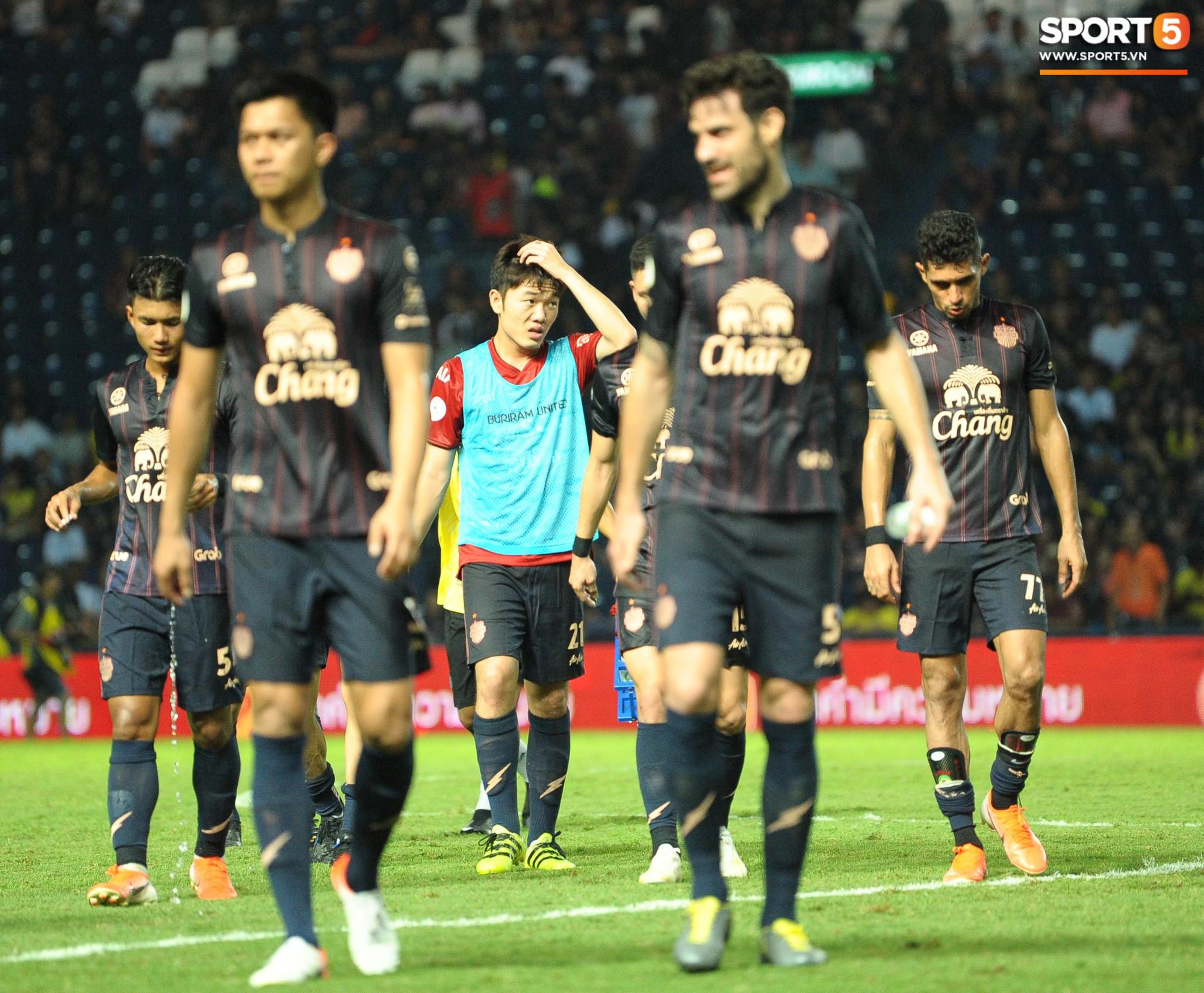 Giải mã hành động Xuân Trường cởi áo sau trận thắng đội bóng của Văn Lâm - Ảnh 7.