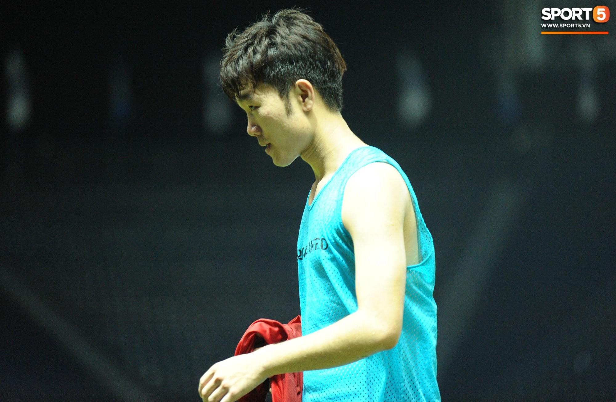 Giải mã hành động Xuân Trường cởi áo sau trận thắng đội bóng của Văn Lâm - Ảnh 8.