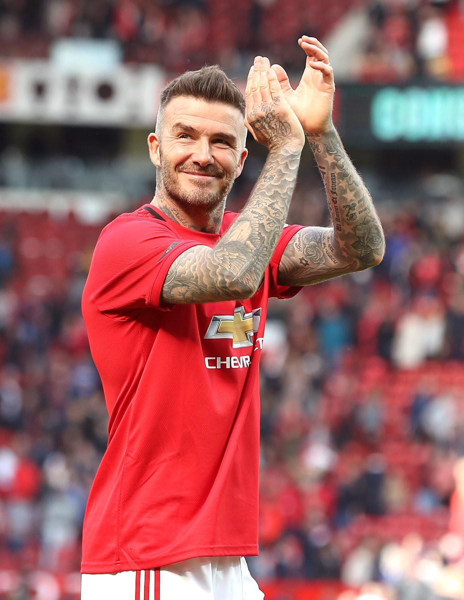 Ngất ngây trước những hình ảnh đẹp long lanh của Beckham trong ngày mặc lại bộ áo đấu MU, tái hiện ký ức thanh xuân tươi đẹp của hàng chục triệu người hâm mộ - Ảnh 12.