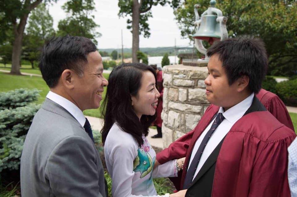 Không thể ngờ: Hôm nay, thần đồng Đỗ Nhật Nam đã tốt nghiệp cấp 3 và sắp bước vào Đại học! - Ảnh 2.