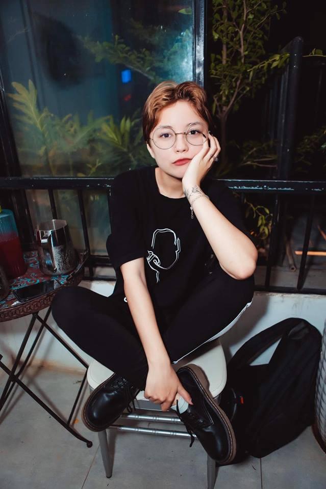 Thiên thần mới của hội con lai Việt: Sở hữu đôi mắt siêu đẹp, chỉ cao 1m58 nhưng chấp hết các thể loại lookbook - Ảnh 11.
