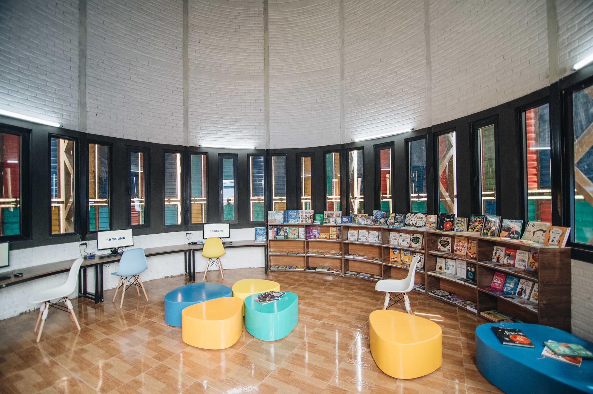 Khám phá thư viện truyền cảm hứng của dự án Mặt Trời Mơ Ước - Đoá hoa rực rỡ giữa núi rừng Tri Lễ - Ảnh 2.