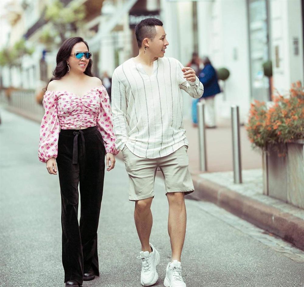 Phượng Chanel: là tình nhân hay tình địch của Chanel và vô vàn các thể loại hàng hiệu khác? - Ảnh 10.