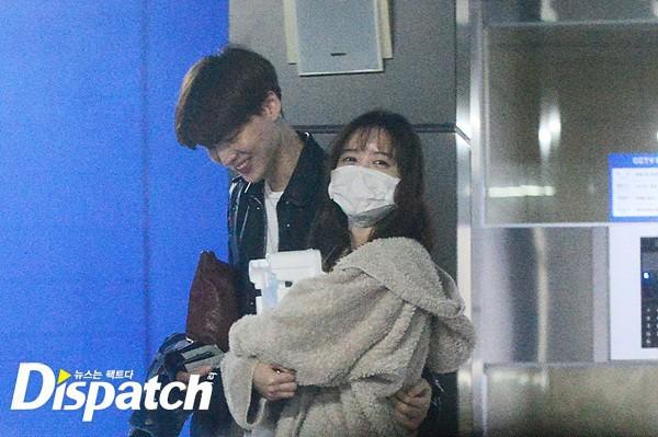Nàng cỏ Goo Hye Sun chăm chồng kiểu gì mà khéo thế, Ahn Jae Hyun còi cọc đã lột xác ngoạn mục sau 4 năm! - Ảnh 4.