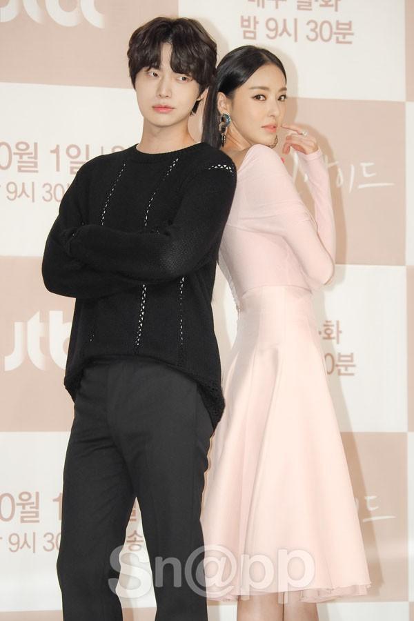Nàng cỏ Goo Hye Sun chăm chồng kiểu gì mà khéo thế, Ahn Jae Hyun còi cọc đã lột xác ngoạn mục sau 4 năm! - Ảnh 8.