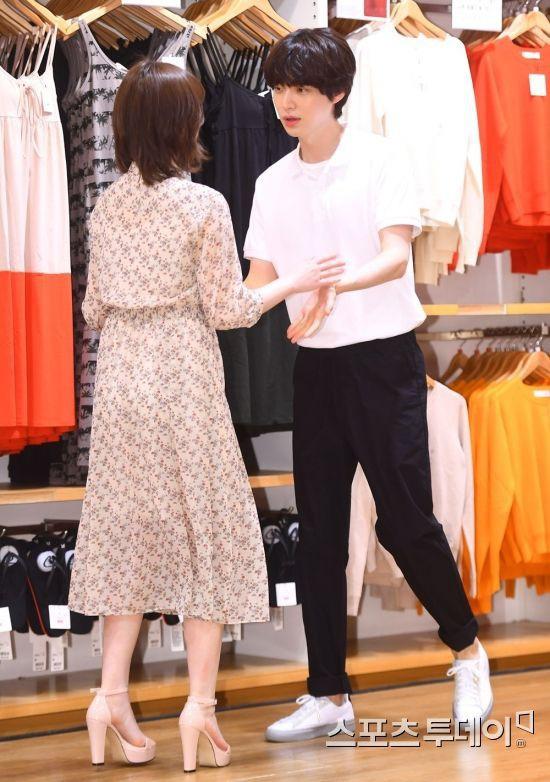 Nàng cỏ Goo Hye Sun chăm chồng kiểu gì mà khéo thế, Ahn Jae Hyun còi cọc đã lột xác ngoạn mục sau 4 năm! - Ảnh 9.