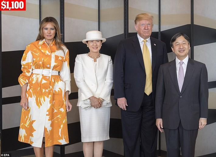 Bà Melania Trump chi gần nửa tỷ cho trang phục mặc trong chuyến thăm Nhật Bản 4 ngày, biến hóa từ sành điệu đến quý phái - Ảnh 7.