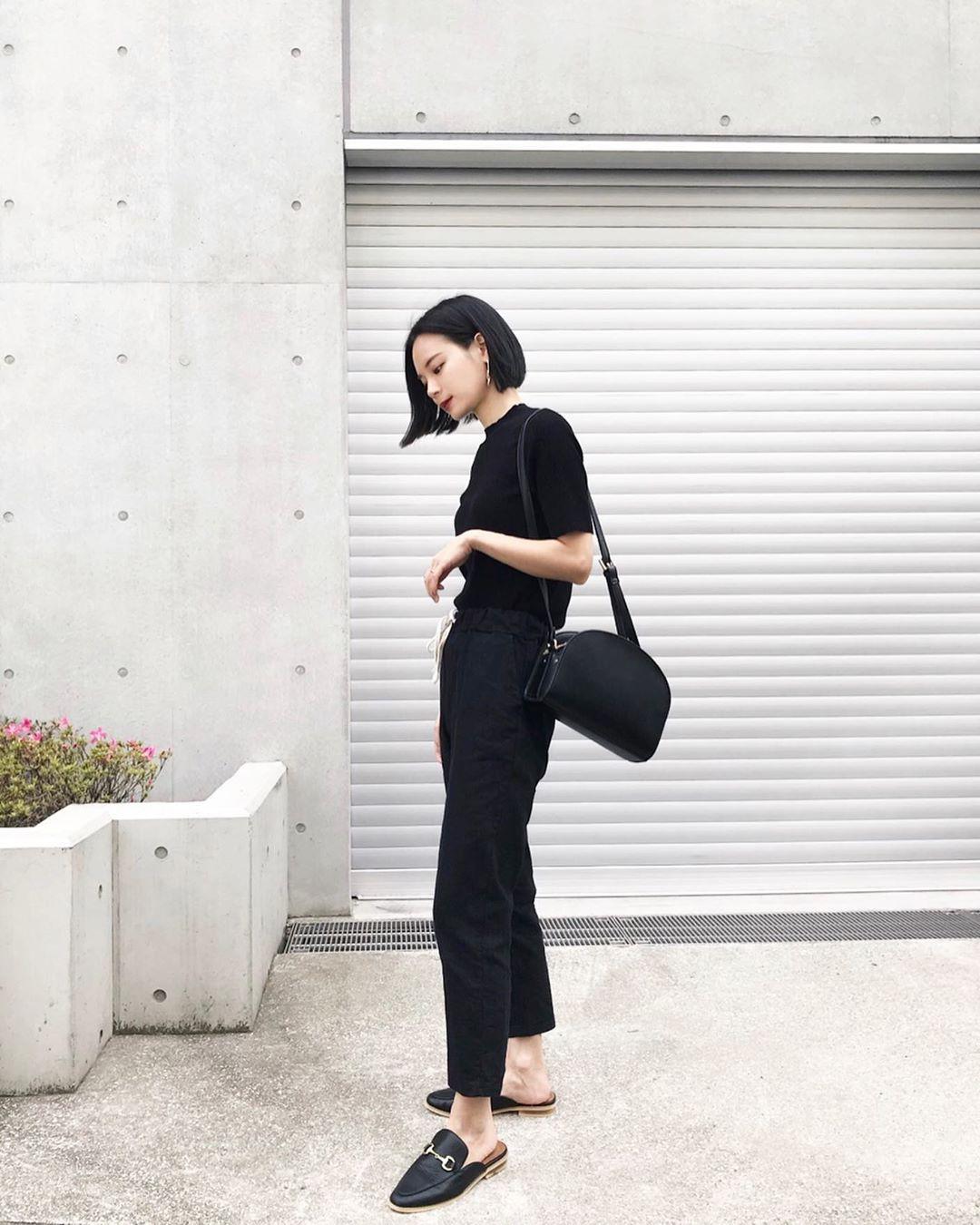 Muốn mặc đẹp hãy tham khảo 15 bộ đồ từ street style châu Á dưới đây, với rất nhiều gợi ý váy áo thô/đũi mát mẻ - Ảnh 9.