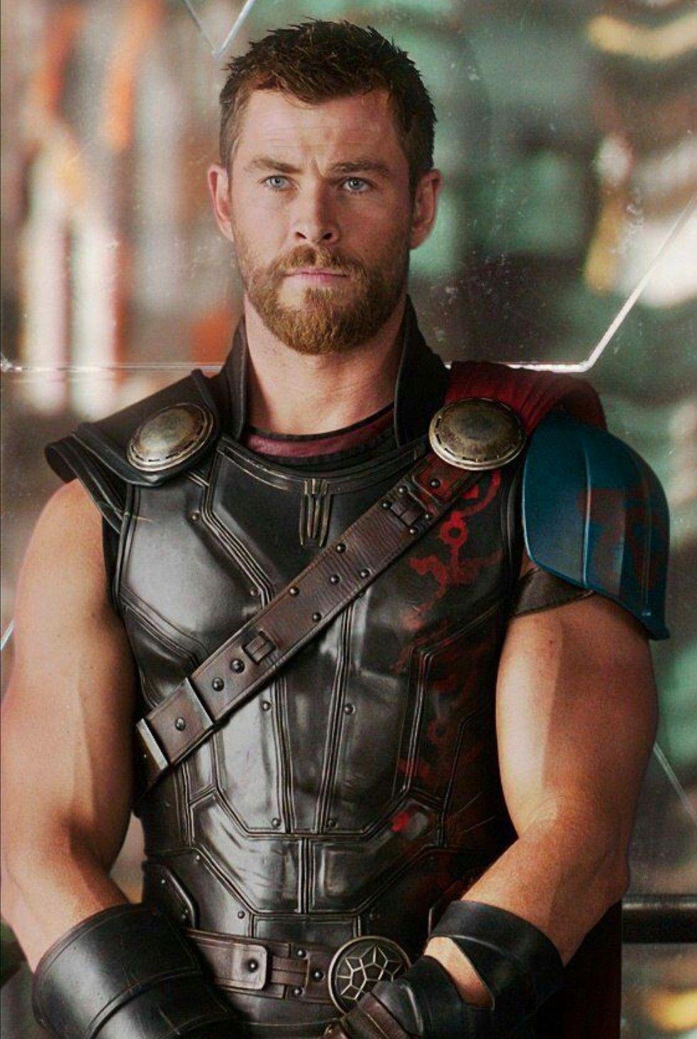 Té ngửa ảnh hồi bé của dàn sao Avengers: Scarlett như hotgirl, Captain dậy thì xuất sắc nhưng Hulk mới gây choáng - Ảnh 11.