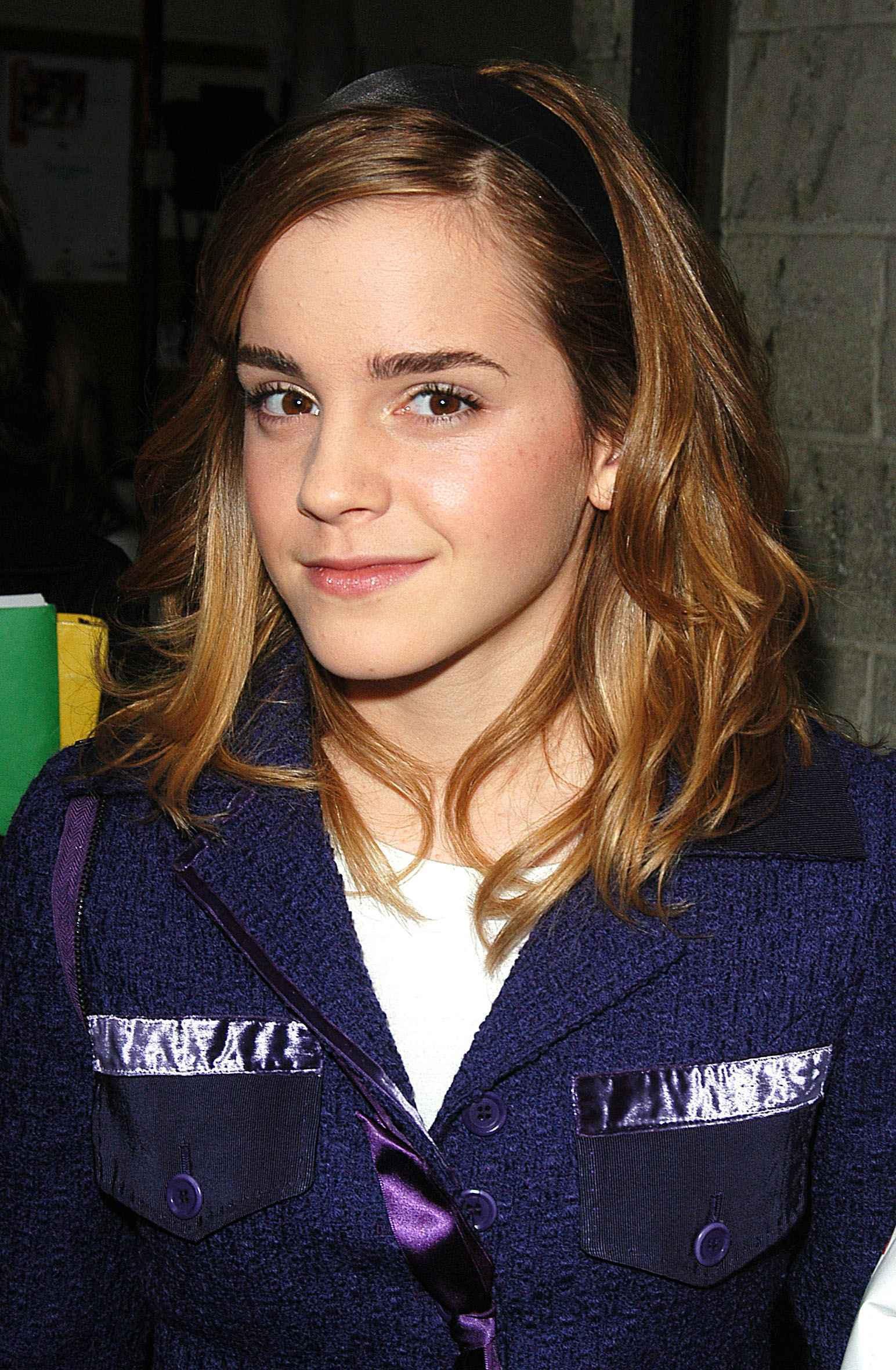 Hành trình tuột dốc nhan sắc của Emma Watson sau 18 năm: Ai ngờ Bông hoa đẹp nhất nước Anh lại chóng tàn đến vậy - Ảnh 3.