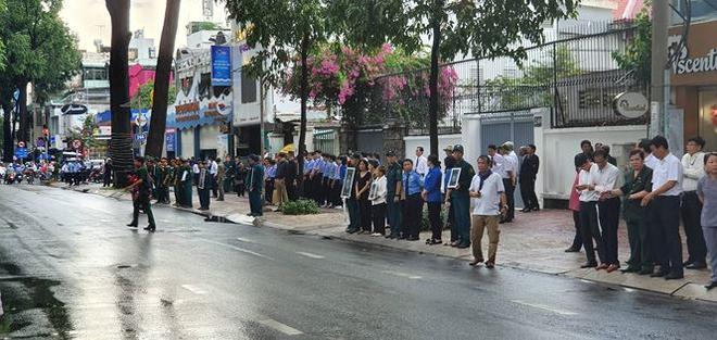 Lễ an táng cố Chủ tịch nước Lê Đức Anh ở TP Hồ Chí Minh - Ảnh 31.