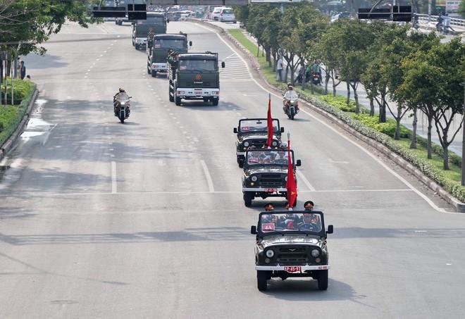 Lễ an táng cố Chủ tịch nước Lê Đức Anh ở TP Hồ Chí Minh - Ảnh 38.