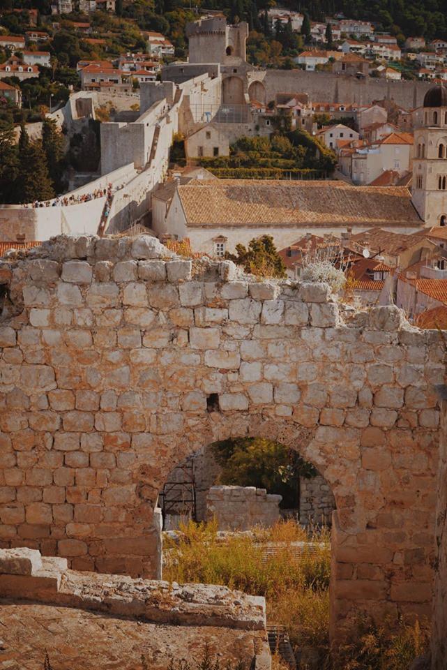 Lưu ngay loạt bí kíp du lịch đến Dubrovnik - bối cảnh chính trong bộ phim bom tấn Game of Thrones - Ảnh 10.