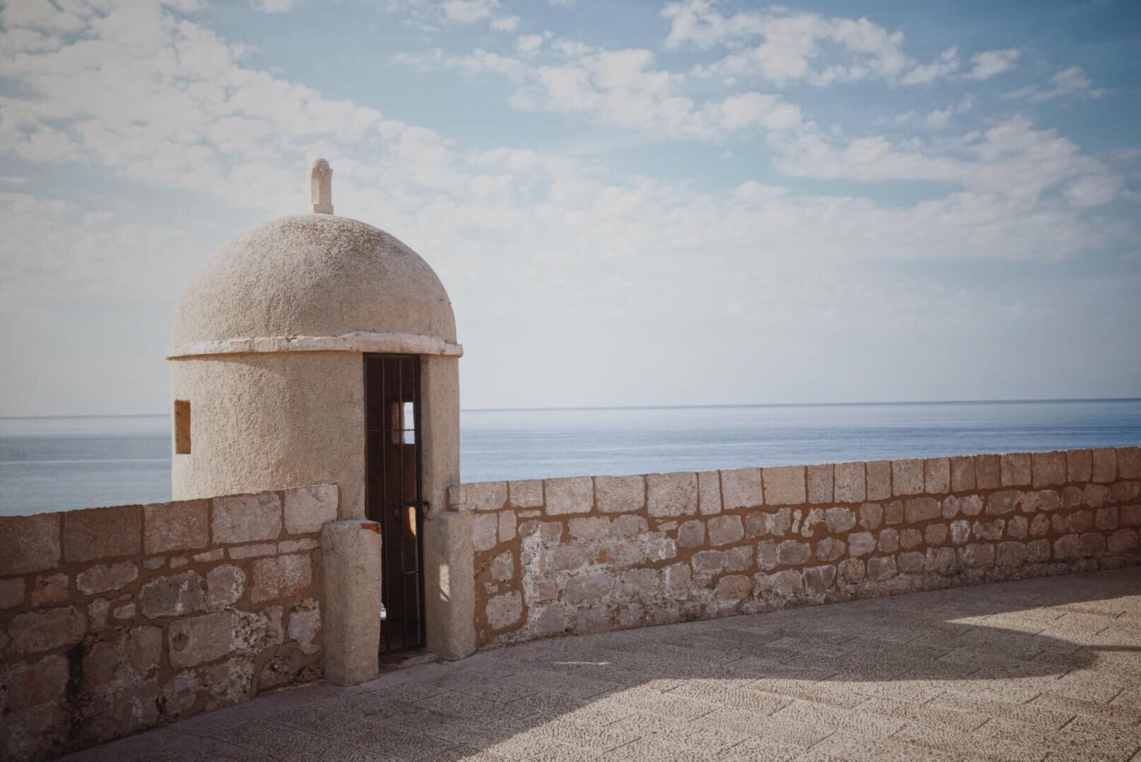 Lưu ngay loạt bí kíp du lịch đến Dubrovnik - bối cảnh chính trong bộ phim bom tấn Game of Thrones - Ảnh 7.