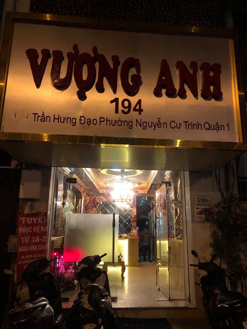 Nữ tiếp viên nhà hàng bán dâm cho khách ở trung tâm Sài Gòn - Ảnh 1.