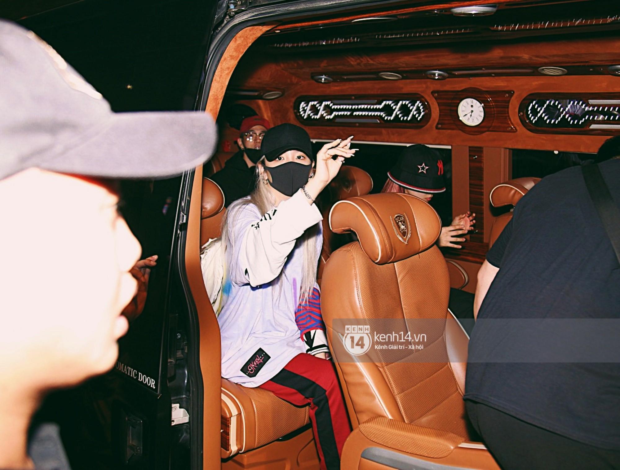 Dàn idol Kpop khiến sân bay Tân Sơn Nhất nổ tung giữa đêm: Mỹ nam Wanna One trắng bật tông, KARD há hốc vì biển fan - Ảnh 11.