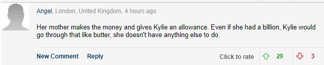 Mặc váy xanh lét đồng bộ với siêu xe, tỉ phú tự thân Kylie Jenner bị mỉa mai tiền không mua được đẳng cấp - Ảnh 4.