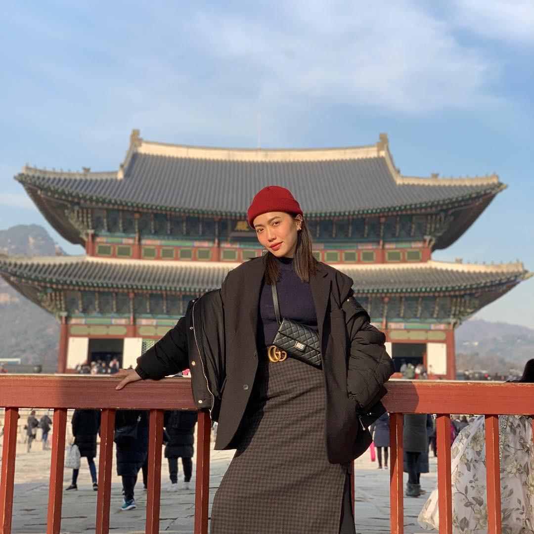 Loạt YouTube về du lịch siêu hot của sao Việt: Trấn Thành - Hari Won chễm chệ ngôi vương với 1,7 triệu người đăng kí - Ảnh 13.