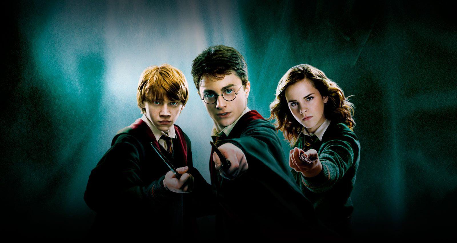 Tin được không: J. K. Rowling sắp trở lại với 4 quyển sách mới tinh về thế giới pháp thuật Harry Potter! - Ảnh 2.