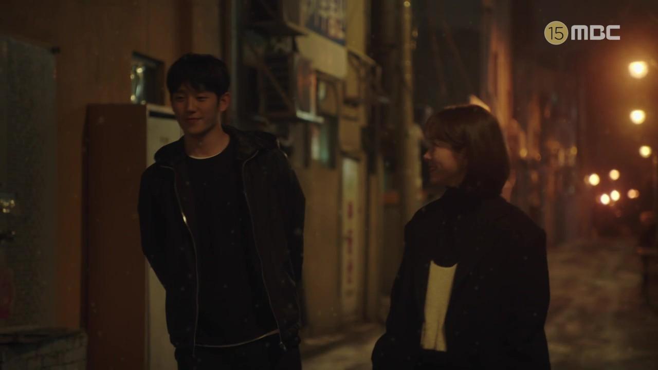 3 lí do khiến One Spring Night hot hơn Chị Đẹp Mua Cơm: Son Ye Jin xách dép cho nữ chính ở lí do cuối cùng! - Ảnh 12.