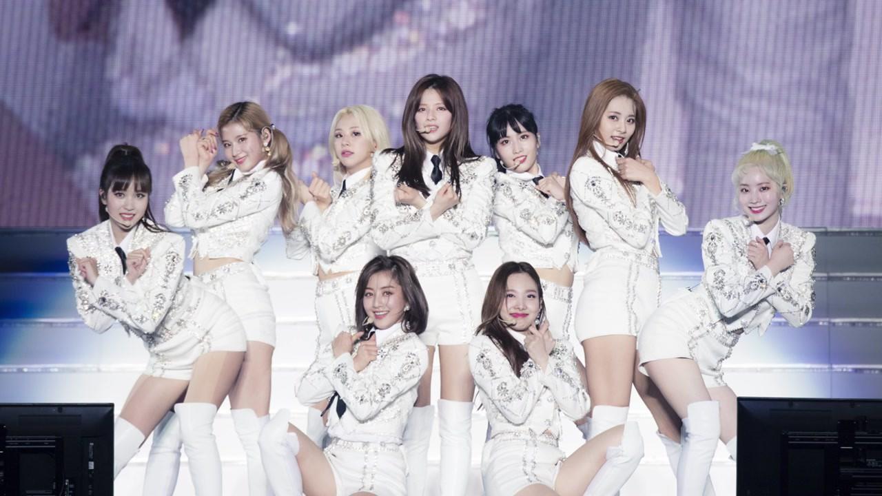 Người trong ngành hé lộ tính cách thật ngoài đời của loạt idol Kpop: BTS, TWICE cũng không gây bất ngờ bằng số 6! - Ảnh 5.