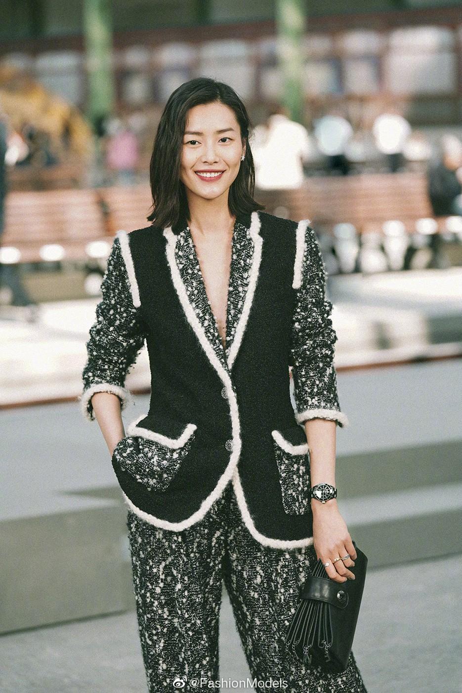 Đến hẹn lại lên, vợ chồng Châu Kiệt Luân - Côn Lăng chặt chém dàn khách mời VIP nhất Paris - Ảnh 9.