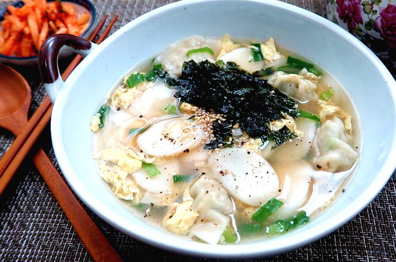 Không ngờ những chiếc bánh gạo giản dị lại có vị thế vô cùng quan trọng trong văn hoá nhiều nước châu Á - Ảnh 3.