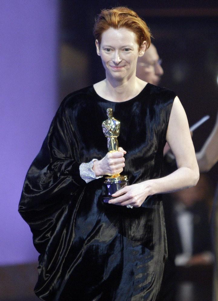 7 ngôi sao lừng lẫy từng đoạt tượng vàng Oscar góp mặt trong ENDGAME, bạn đoán xem đó là ai? - Ảnh 20.