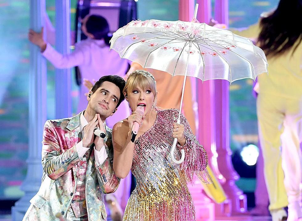 Taylor Swift, BTS và loạt sao đình đám đã cứu lượng người xem Billboard Music Awards từ vực sâu! - Ảnh 1.